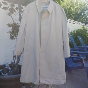 MISTY HARBOR TRENCH RAIN COAT FUR LINING REMOVABLE